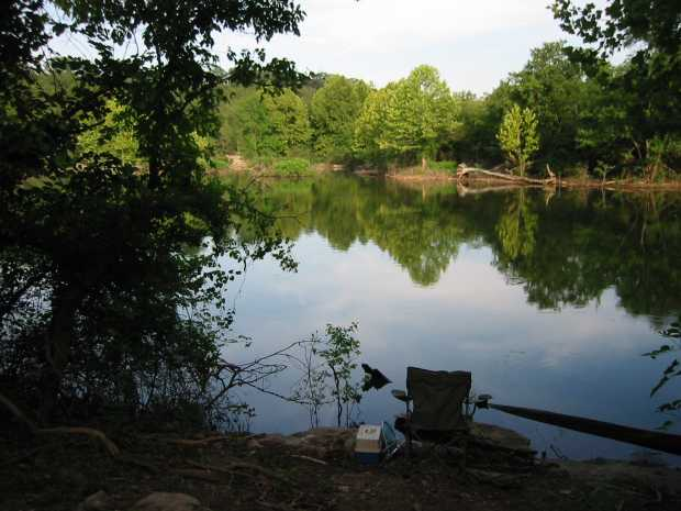 Fishing chair between lake and cove at Caro Drive